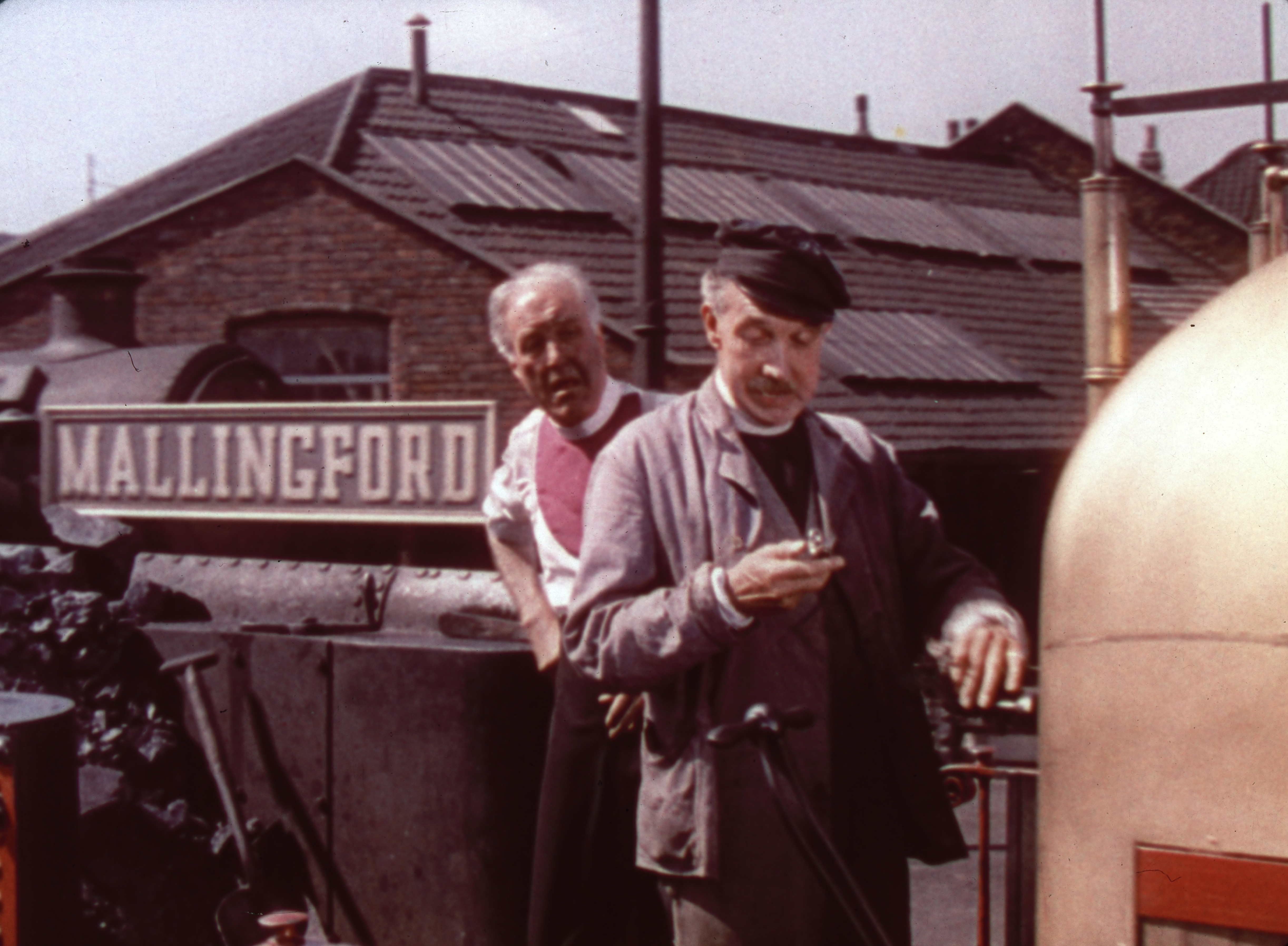 Godfrey Tearle, George Relph in The Titfield Thunderbolt