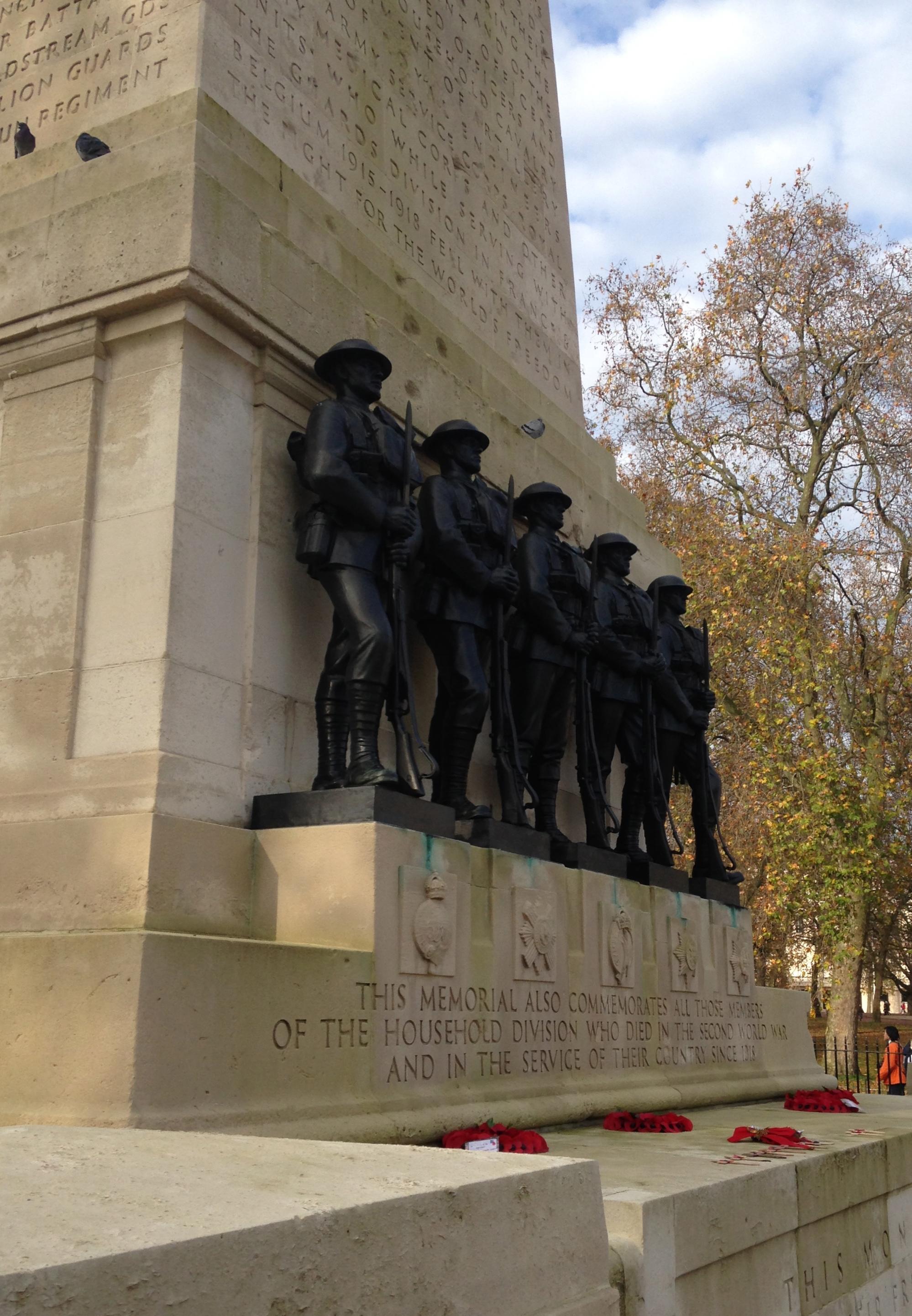 Guards Div Memorial, London